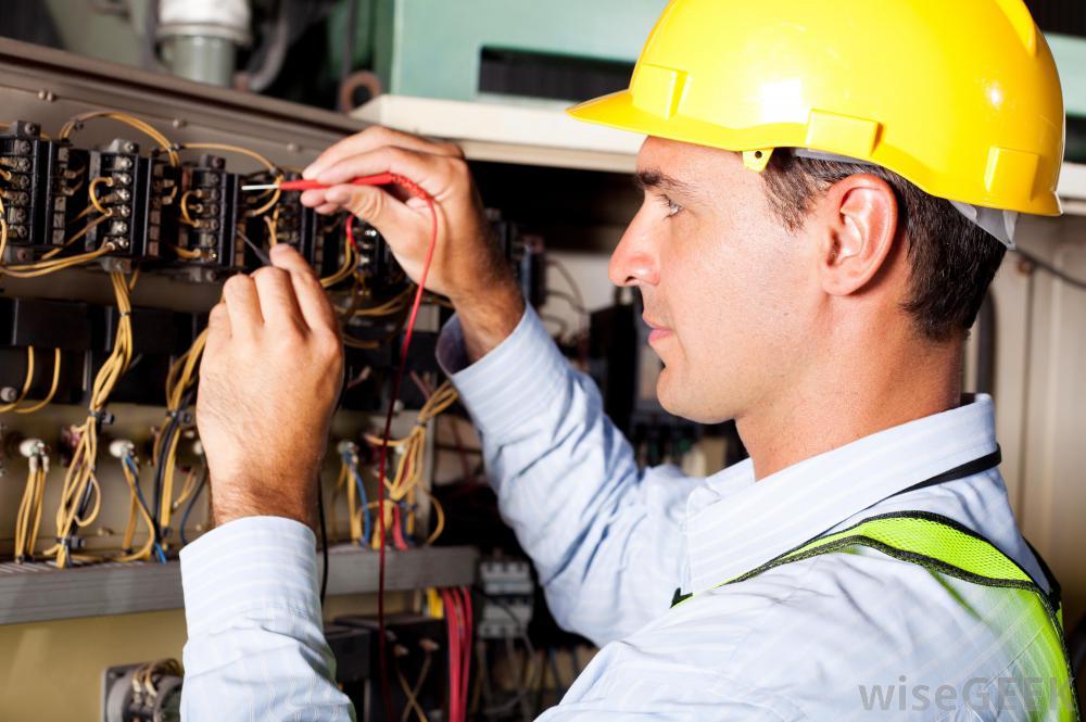 Инструкция за безопасна работа на електромонтьор