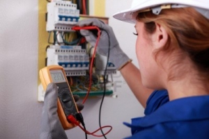 Обучение втора квалификационна група по електробезопасност за двугодишен период